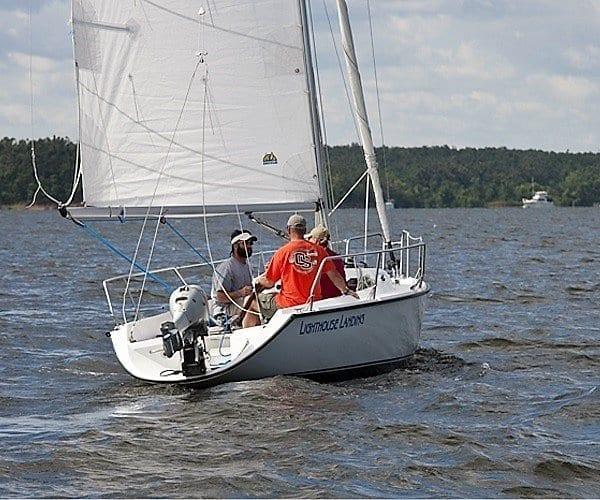Lighthouse Landing Sailing School Kentucky Lake marinas